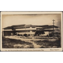 POS-339 CUBA PHOTOGRAPHIC POSTCARD GUANTANAMO. CIRCA 1940. US MILITAR STATION BARRACKS. UNUSED.